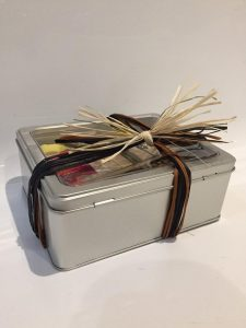 silver gift tin