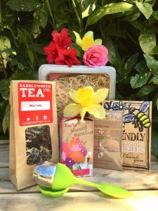 Love The Earth Gift Hamper - Tea Gift - Earth Gifts